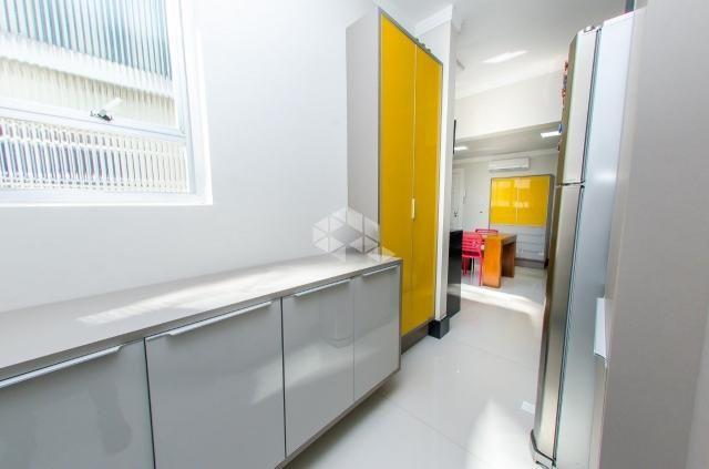 Apartamento à venda com 3 dormitórios em Petrópolis, Porto alegre cod:9912754 - Foto 10