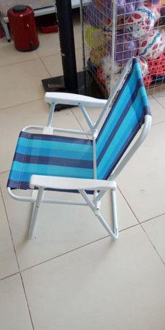 Cadeira de praia e piscina