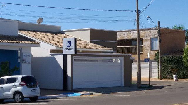 Casa de 3 quartos, 3 banheiros e 3 Garagens em Buritama - SP