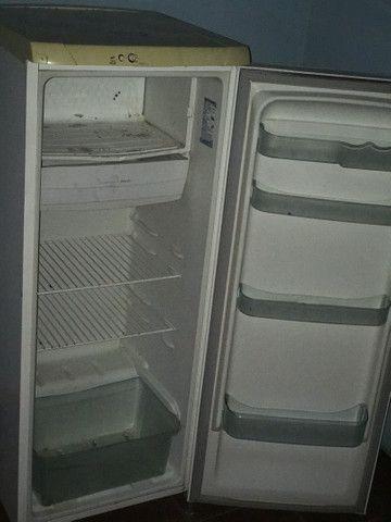 Geladeira Electrolux Gelo Seco Entrego - Foto 5