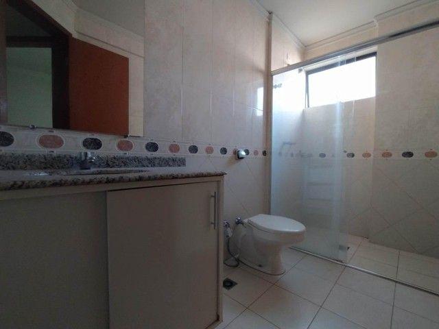 Locação | Apartamento com 130.37m², 3 dormitório(s), 2 vaga(s). Zona 01, Maringá - Foto 18