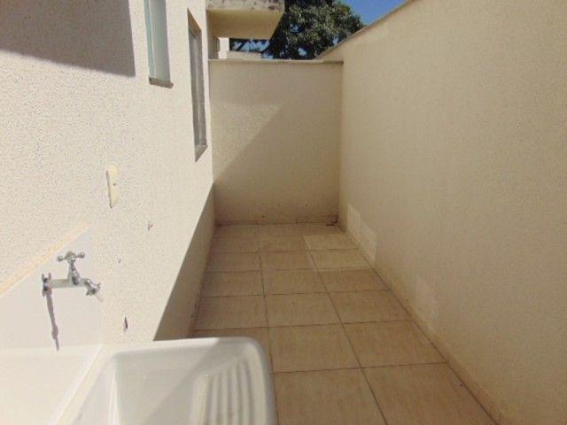 Excelente apto com área privativa de 2 quartos B. Candelária. - Foto 12