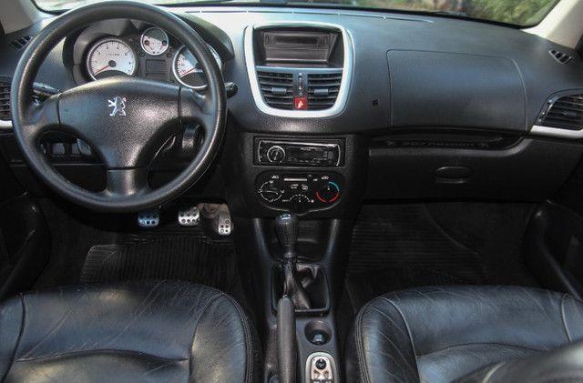 Peugeot 207 1.4 XR Sport Passion / 2010 - Foto 9