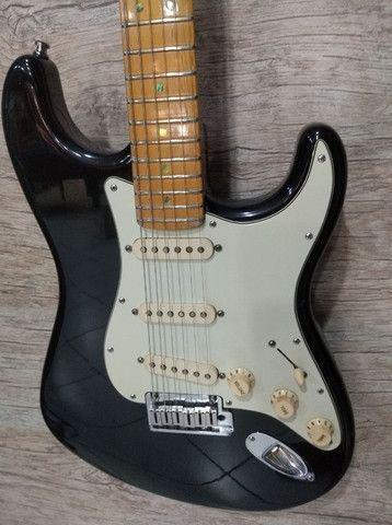 Guitarra Fender Stratocaster Deluxe USA (Mixer Instrumentos Musicais)