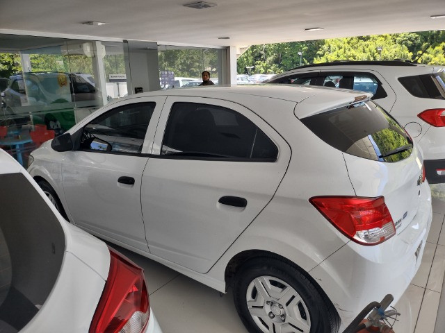 Chevrolet Onix Joy 1.0 !!!!! IPVA 2021 pago - Foto 7