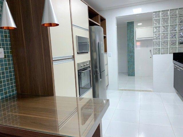 Apartamento (150m²) no Candeias com 3 Suítes, Sala ampla e 2 Vagas - Foto 4