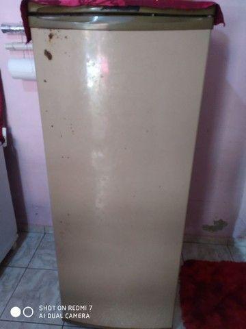 Vende-se geladeira em perfeito estado  - Foto 2