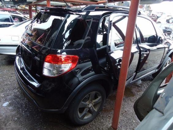 Peças usadas Suzuki SX4 4WD ano 2012 2.0 16V gasolina aut