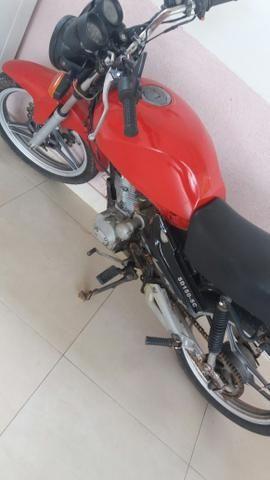 Vende-se uma moto documentada
