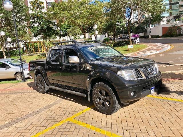 Nissan Frontier 2.5 LE 4x4 Automática Impecável - Foto 2