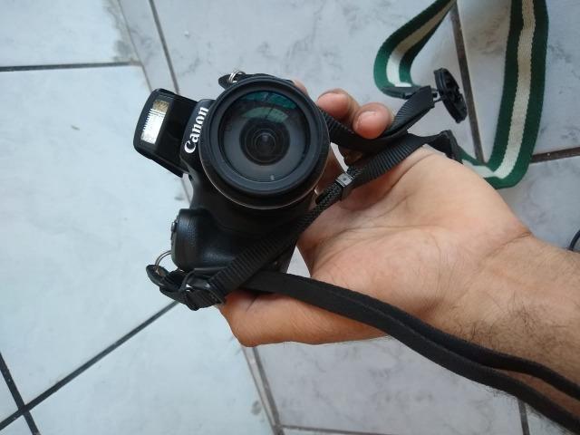 Camera seminova Canon Completa