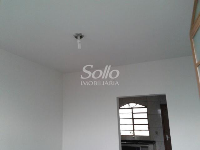 Casa para alugar com 2 dormitórios em Santa mônica, Uberlândia cod:72 - Foto 6