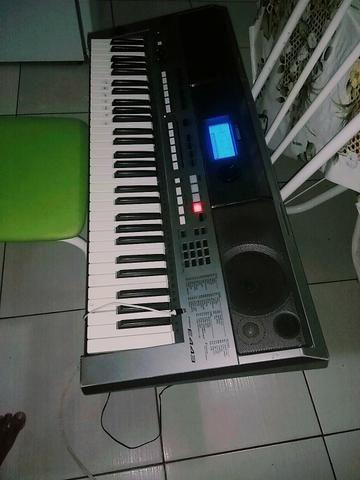 Teclado Yamaha psr 443 - Foto 2