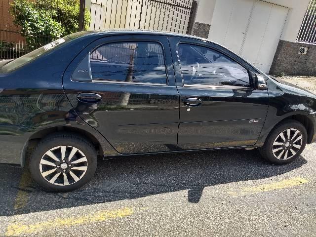 Etios sedan Platinum - Foto 6