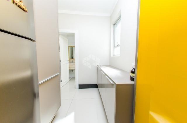 Apartamento à venda com 3 dormitórios em Petrópolis, Porto alegre cod:9912754 - Foto 8