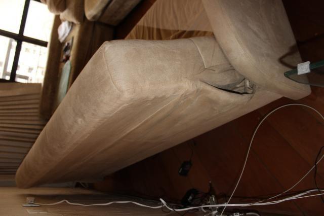 Sofá Cama em Tecido Bege 83cm x 206cm x 73cm - Foto 4