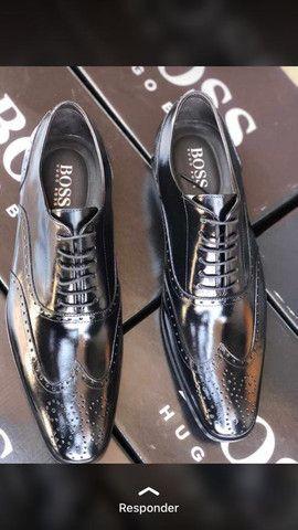 Sapatos Hugo Boss - Foto 2