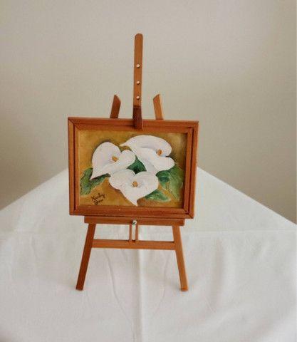 Pintura oleo sobre tela - Copo de Leite - suporte e moldura - cod 33 - Foto 4