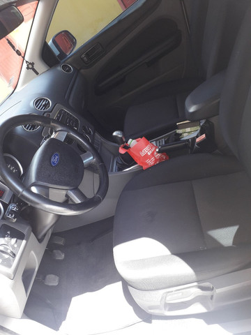 Vendo Ford Focus hatch - Foto 5