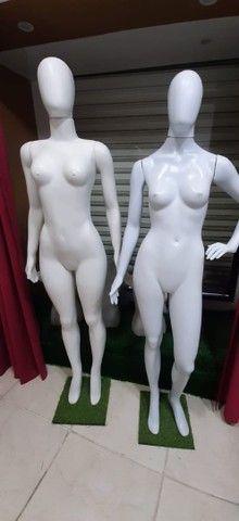 Vendo utensílios de loja de roupa
