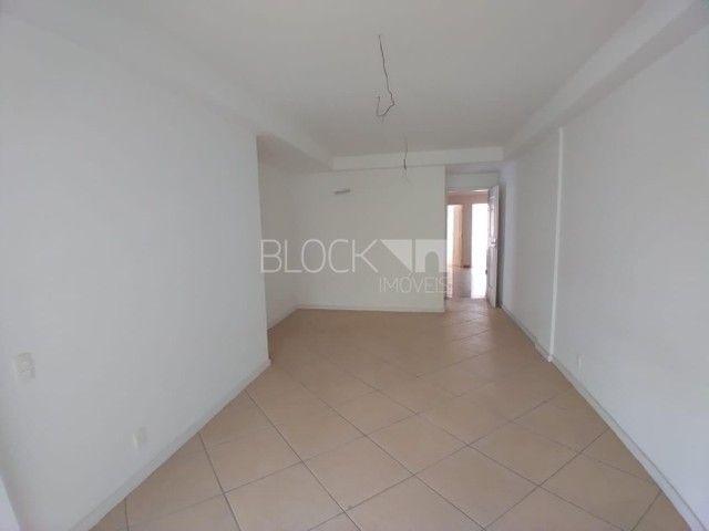 Apartamento à venda com 3 dormitórios cod:BI8841 - Foto 2