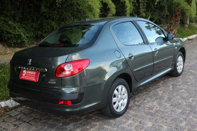 Peugeot 207 1.4 XR Sport Passion / 2010 - Foto 4
