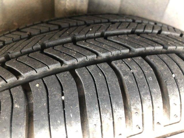 Renat Clio 1.0 4 pneus novos - Foto 4