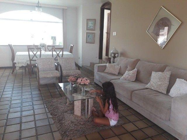 Casa Excelente com Piscina, Área de Churrasqueira e Muito Verde no Muchila - Foto 16