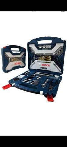 Estojo kit de ferramenta 103 peças Bosch Titanium. *.