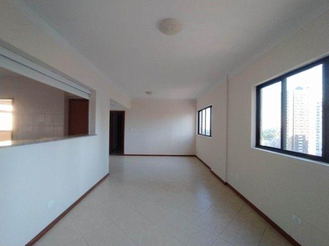 Locação | Apartamento com 130.37m², 3 dormitório(s), 2 vaga(s). Zona 01, Maringá - Foto 4