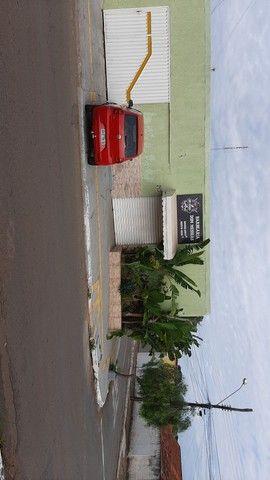 aluga-se sala comercial no setor água Branca  - Foto 2