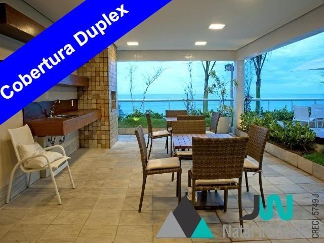 Apartamento com 4 suítes, 2 dependências, beira mar na praia de Areia Preta