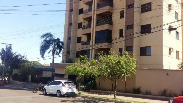Lindo apartamento desocupado no 10º andar