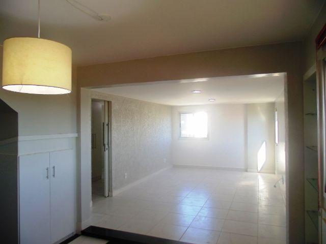 Excelente cobertura individual no Condominio Bellagio - Lago Norte - 3328-5252