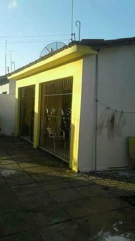 Vendo essa linda casa no bairro de Carpina bairro Novo