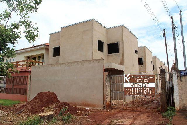 Belíssimo sobrado em condomínio na Vila Piratininga * fino acabamento