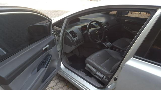 Honda Civic LXS 1.8 flex Automático 09/10