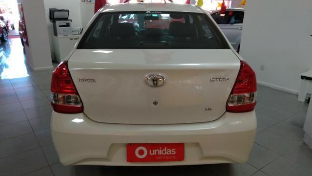 Toyota Etios Top - Foto 4
