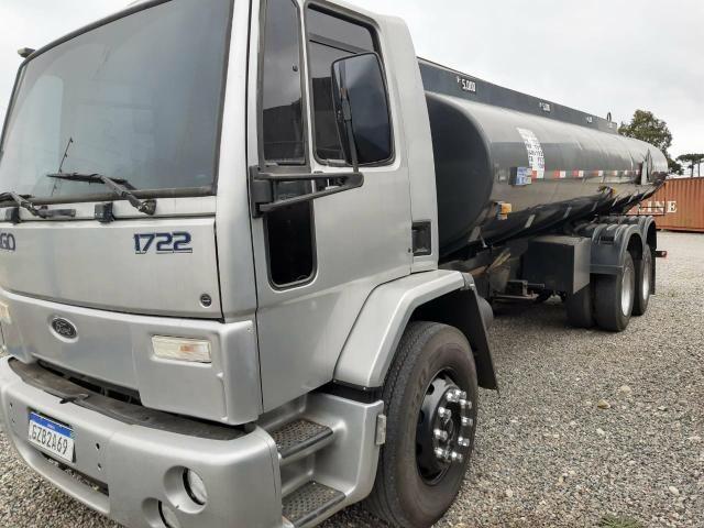 Ford Cargo 1722 Truck com Tanque de Combustível - Foto 4
