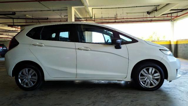 Honda Fit 15/15 64mil KM faz 13.7Km/l Na Cidade - Foto 5
