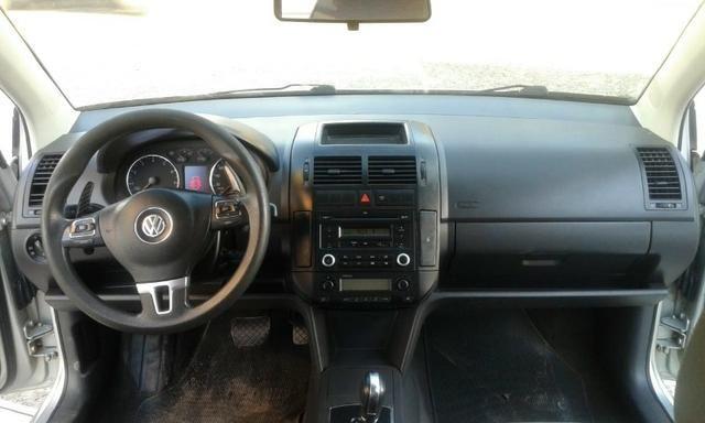 VW Polo Sedã I-Motion - Foto 13