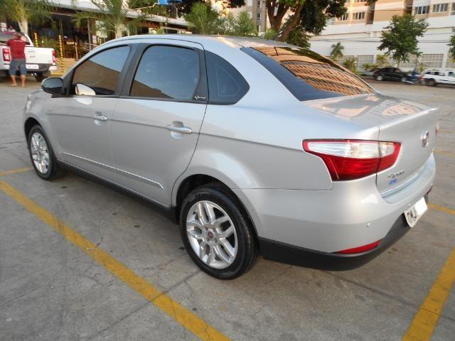 Fiat grand siena essence 1.6 flex 2012/2013 automatico completo novissimo - Foto 7