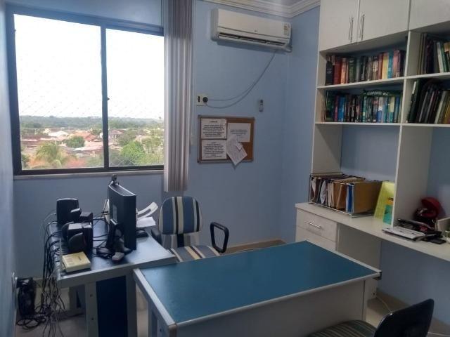 Alugo Lindo Apartamento Mobiliado com 4 Quartos e Suite em Aleixo - Foto 17