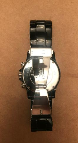 27ea3bb5637 Relógio Michael Kors MK-8128 Preto e Relógio Swatch Irony Stainless Steel  Preto