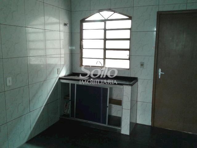 Casa para alugar com 2 dormitórios em Santa mônica, Uberlândia cod:72 - Foto 4