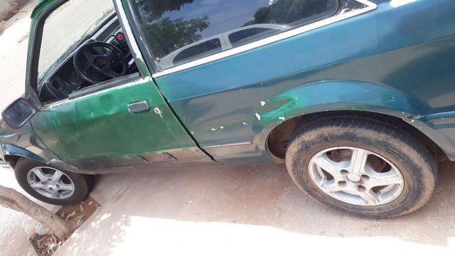 Vendo scort ano 88 tem doc e recibo 2 pneu dianteiro novo motor n bate n fuma - Foto 2