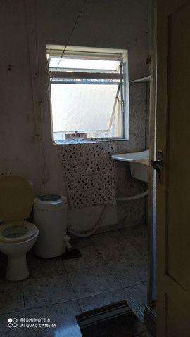 400,00 quarto mobiliado individual para moça, não fumante, próximo moinhos shopping - Foto 4