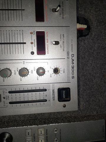 Par de cdj 200 mp3 com mix djm300s no case - Foto 5