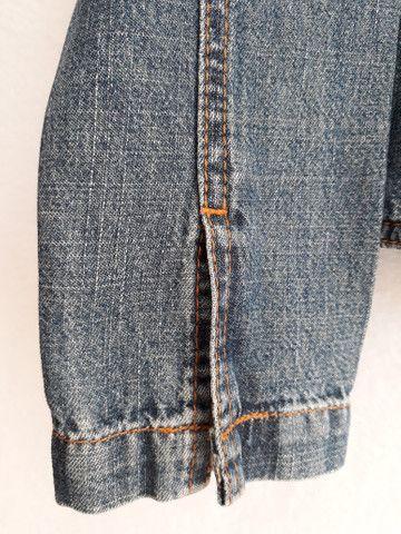 Jaqueta jeans feminina gola mandarim importada da itália - BRECHÓ PASSIONE - Foto 6