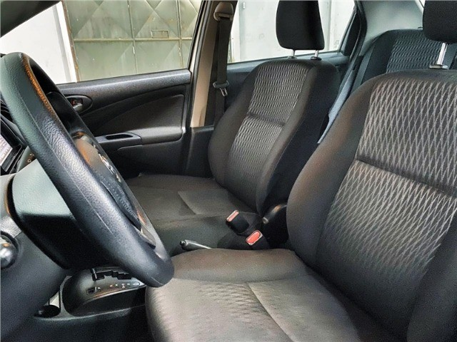 Toyota Etios 1.5 X Sedan 2019 automático Com Multimídia - Foto 8